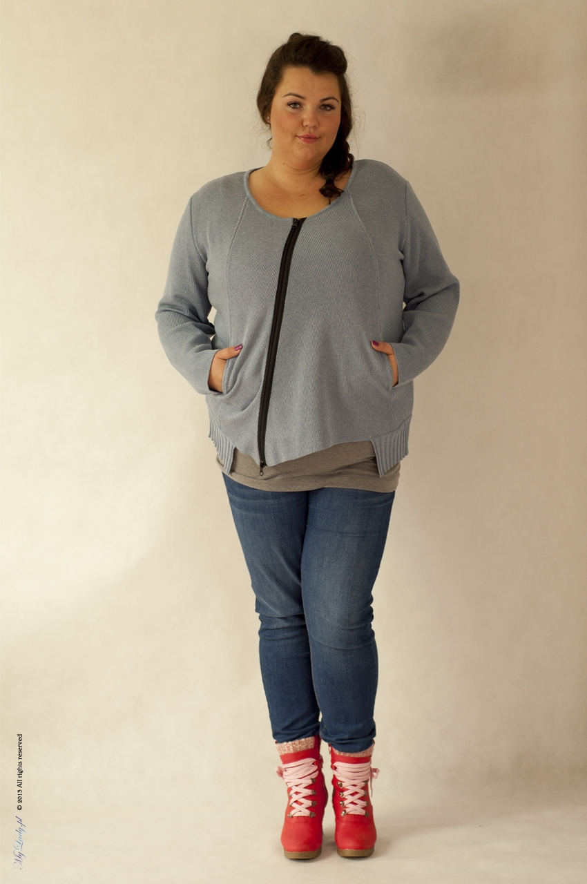 Sweter plus size 001 niebieski